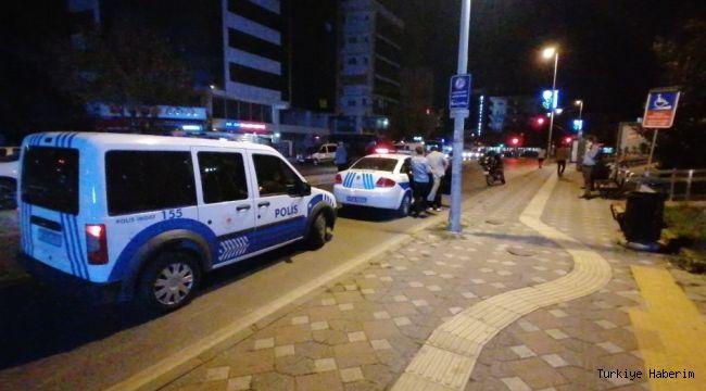 Gebze'de silahla bacağından vurulan şahıs yaralandı.